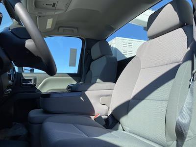 2020 Chevrolet Silverado 6500 Regular Cab DRW 4x4, Iowa Mold Tooling Dominator I Mechanics Body #G051595 - photo 12