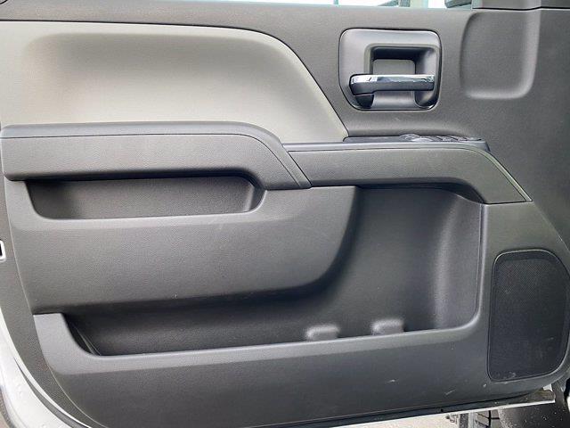 2020 Chevrolet Silverado 4500 Regular Cab DRW 4x4, Knapheide PGNB Gooseneck Platform Body #G081386 - photo 9