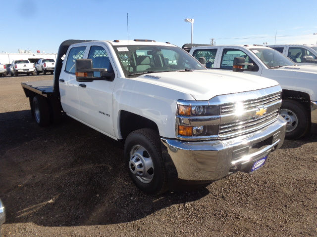 2016 Silverado 3500 Crew Cab 4x4, Hauler Body #G680481 - photo 10