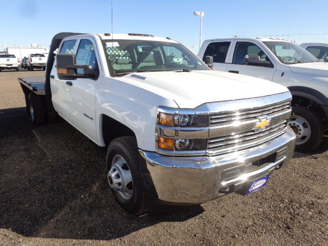 2016 Silverado 3500 Crew Cab 4x4, Hauler Body #G682139 - photo 10