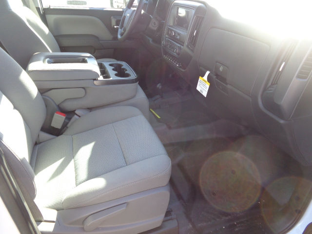 2016 Silverado 3500 Crew Cab 4x4, Hauler Body #G682139 - photo 8