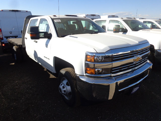 2016 Silverado 3500 Crew Cab 4x4, Hauler Body #G682391 - photo 10