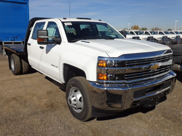 2016 Silverado 3500 Crew Cab 4x4, Hauler Body #G682680 - photo 10