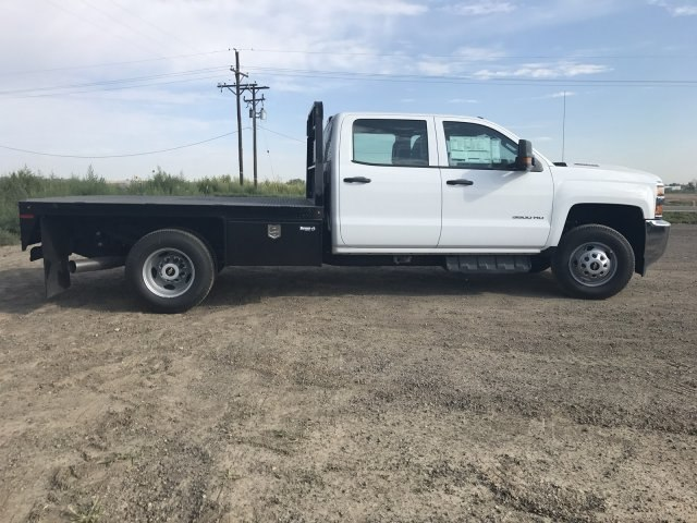 2017 Silverado 3500 Crew Cab 4x4 Platform Body #G716683 - photo 5