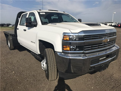 2017 Silverado 3500 Crew Cab 4x4 Platform Body #G717279 - photo 4