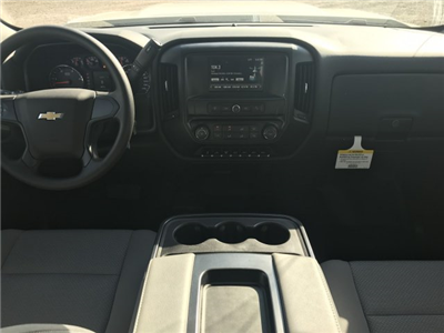 2017 Silverado 3500 Crew Cab 4x4 Platform Body #G717279 - photo 9