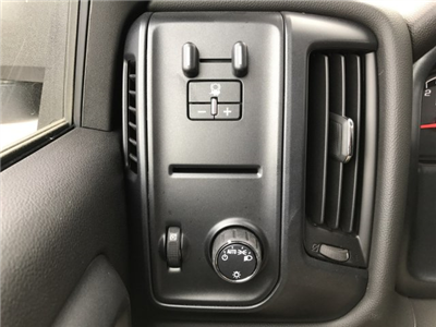 2017 Silverado 3500 Regular Cab 4x4 Platform Body #G735589 - photo 16