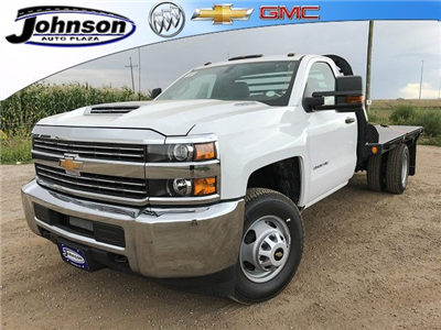 2017 Silverado 3500 Regular Cab 4x4 Platform Body #G735589 - photo 1