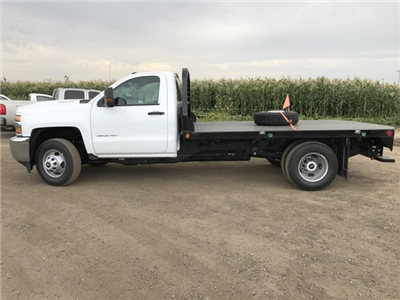 2017 Silverado 3500 Regular Cab 4x4 Platform Body #G735589 - photo 8