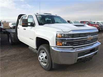 2018 Silverado 3500 Crew Cab DRW 4x4 Platform Body #G819600 - photo 4