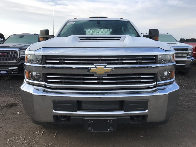 2018 Silverado 3500 Crew Cab DRW 4x4 Hauler Body #G820507 - photo 3