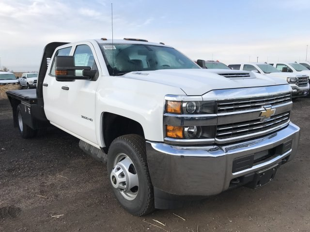 2018 Silverado 3500 Crew Cab DRW 4x4 Hauler Body #G820507 - photo 4
