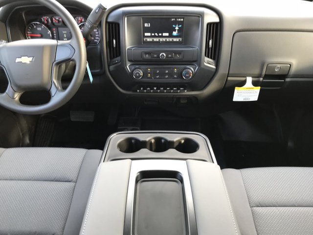 2018 Silverado 3500 Crew Cab DRW 4x4 Hauler Body #G820507 - photo 7