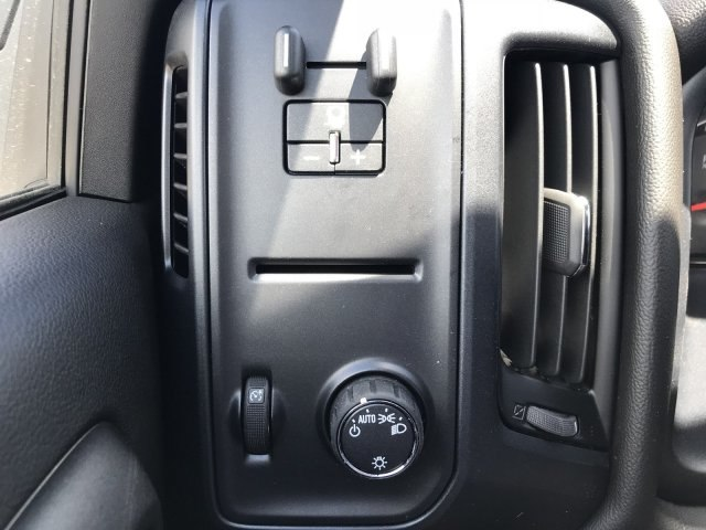 2018 Silverado 1500 Regular Cab 4x4, Pickup #G832541 - photo 15