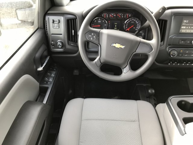 2018 Silverado 2500 Crew Cab 4x4, Pickup #G834862 - photo 9