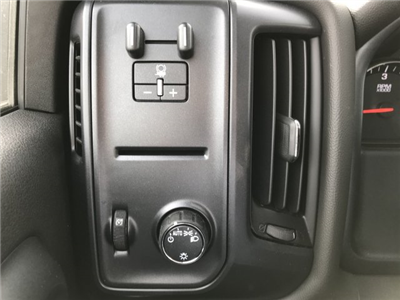 2018 Silverado 2500 Crew Cab 4x4, Pickup #G834862 - photo 17