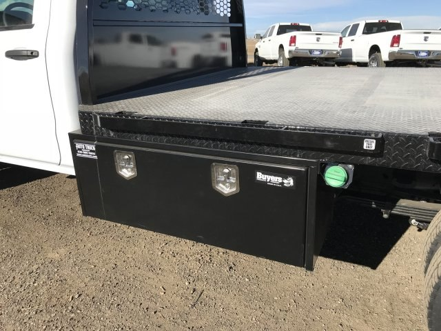 2018 Silverado 3500 Regular Cab DRW 4x4 Platform Body #G848811 - photo 15