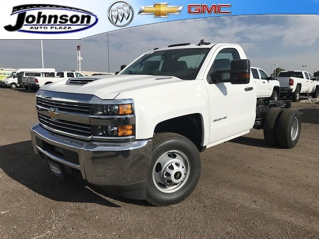 2018 Silverado 3500 Regular Cab DRW 4x4,  Cab Chassis #G851965 - photo 1