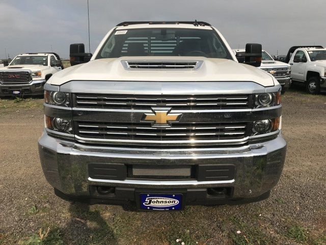 2018 Silverado 3500 Regular Cab DRW 4x4,  Default Bedrock Platform Body #G877304 - photo 3