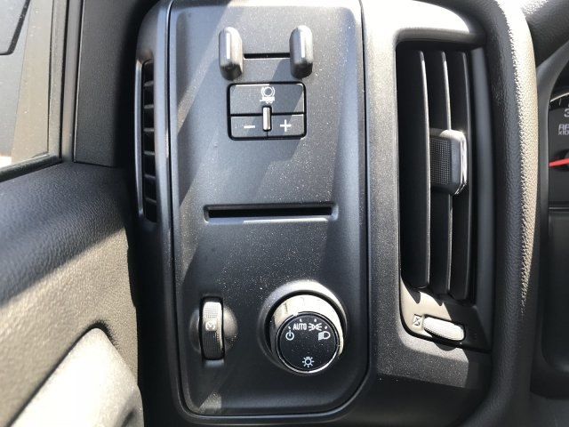 2018 Silverado 1500 Regular Cab 4x4,  Pickup #G879102 - photo 16