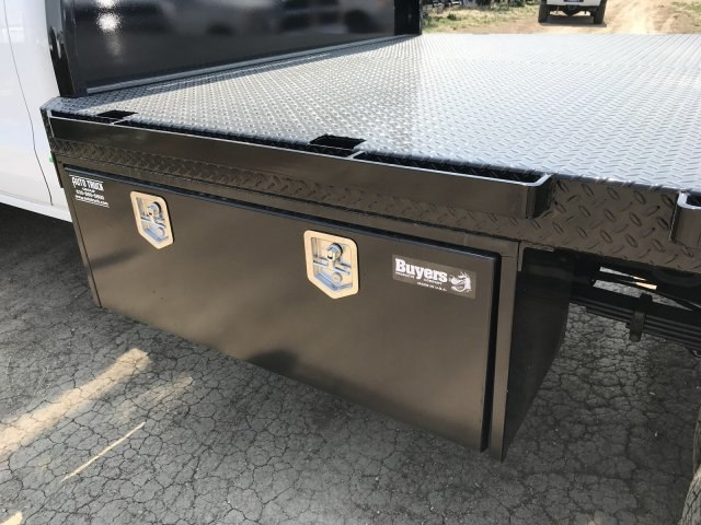2018 Silverado 3500 Regular Cab DRW 4x4,  Knapheide PGNB Gooseneck Platform Body #G888368 - photo 15