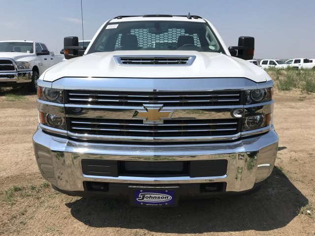 2018 Silverado 3500 Regular Cab DRW 4x4,  Knapheide PGNB Gooseneck Platform Body #G888368 - photo 3