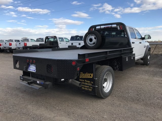 2017 Ram 5500 Crew Cab DRW 4x4 Platform Body #C734070 - photo 5