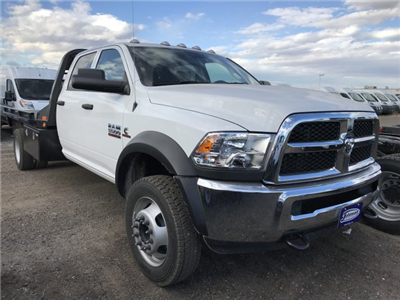 2017 Ram 5500 Crew Cab DRW 4x4 Platform Body #C734070 - photo 4