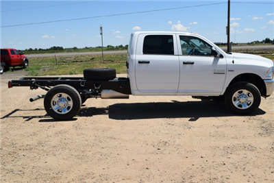 2017 Ram 3500 Crew Cab 4x4 Cab Chassis #C737653 - photo 5