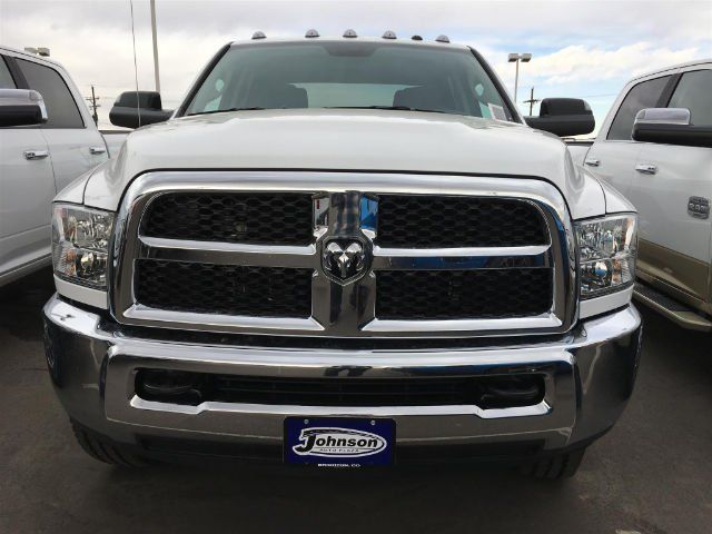 2017 Ram 2500 Crew Cab 4x4 Pickup #C762627 - photo 3