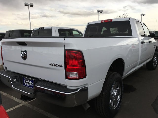 2017 Ram 2500 Crew Cab 4x4 Pickup #C762627 - photo 5