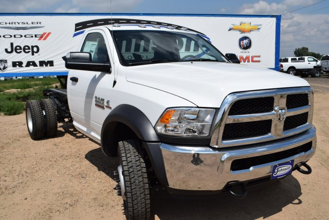 2017 Ram 5500 Regular Cab DRW 4x4, Cab Chassis #C768482 - photo 4
