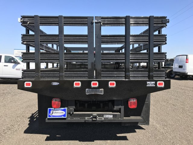 2017 Ram 5500 Regular Cab DRW 4x4, Knapheide Value-Master X Stake Bed #C768486 - photo 6