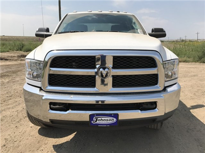 2017 Ram 3500 Crew Cab 4x4, Cab Chassis #C770981 - photo 3