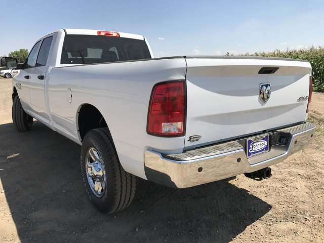 2017 Ram 3500 Crew Cab 4x4 Pickup #C786198 - photo 2