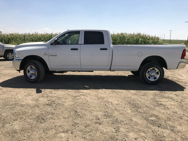 2017 Ram 3500 Crew Cab 4x4 Pickup #C786198 - photo 8