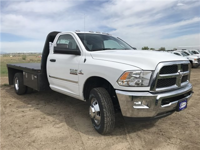 2018 Ram 3500 Regular Cab DRW 4x4,  Knapheide PGNB Gooseneck Platform Body #C808849 - photo 4