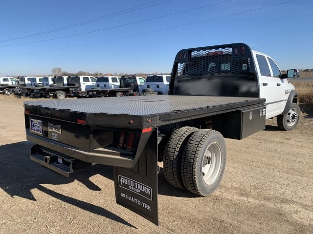 2018 Ram 5500 Crew Cab DRW 4x4,  Knapheide Platform Body #C820416 - photo 2