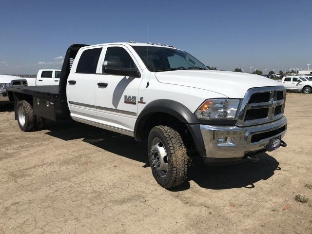 2018 Ram 5500 Crew Cab DRW 4x4,  Platform Body #C824973 - photo 4