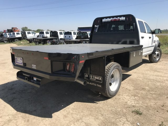 2018 Ram 5500 Crew Cab DRW 4x4,  Platform Body #C824973 - photo 6