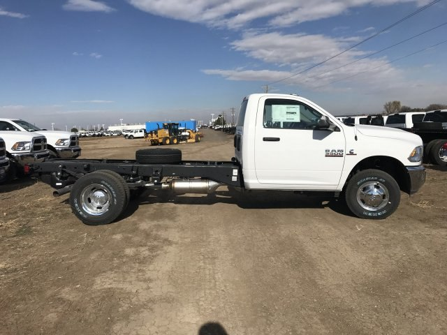 2018 Ram 3500 Regular Cab DRW 4x4,  Cab Chassis #C831795 - photo 5