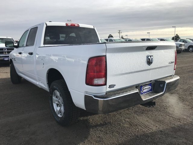 2018 Ram 1500 Crew Cab 4x4 Pickup #C838464 - photo 2