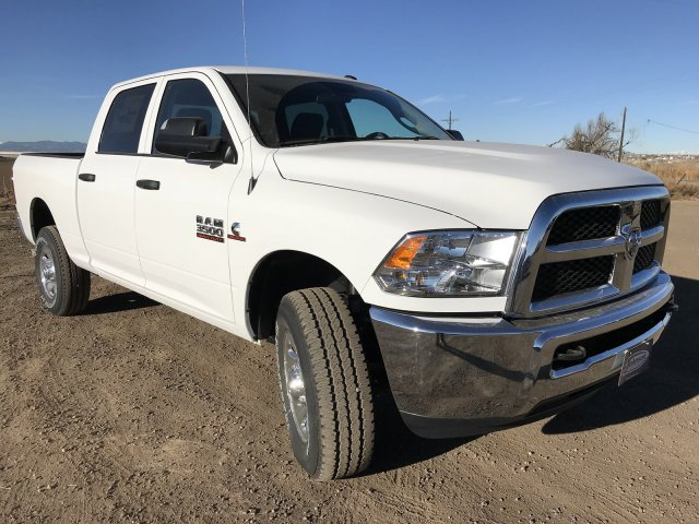 2018 Ram 3500 Crew Cab 4x4,  Pickup #C840759 - photo 4