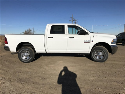 2018 Ram 3500 Crew Cab 4x4,  Pickup #C840759 - photo 5