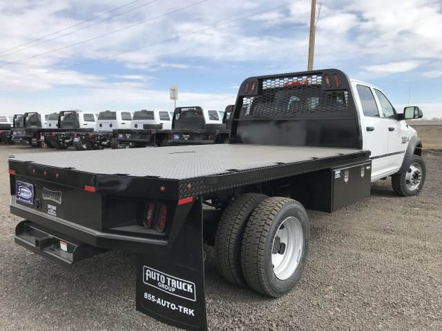 2018 Ram 5500 Crew Cab DRW 4x4,  Knapheide Platform Body #C857315 - photo 7