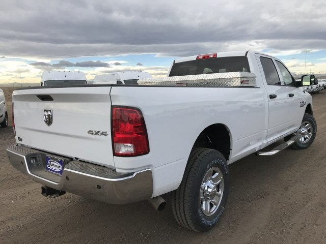 2018 Ram 2500 Crew Cab 4x4, Pickup #C861335 - photo 6