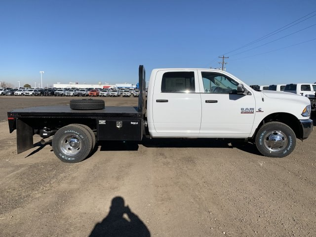 2018 Ram 3500 Crew Cab DRW 4x4,  Knapheide Platform Body #C862655 - photo 4