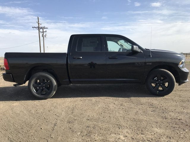 2018 Ram 1500 Crew Cab 4x4, Pickup #C865859 - photo 4