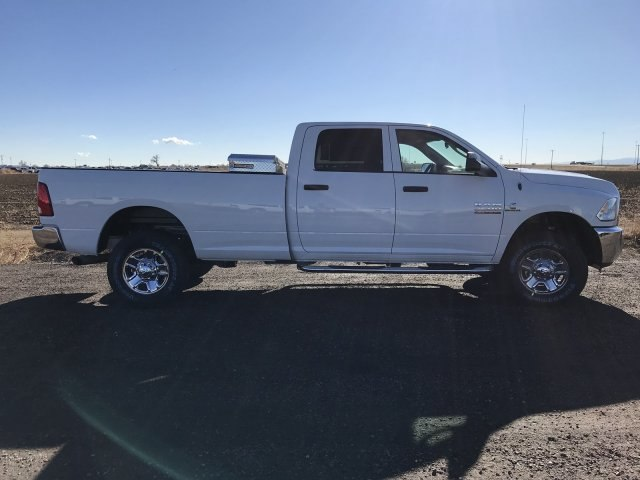 2018 Ram 2500 Crew Cab 4x4, Pickup #C870173 - photo 5