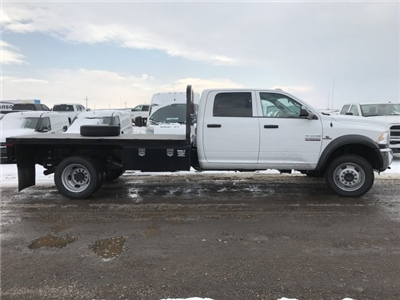 2018 Ram 5500 Crew Cab DRW 4x4, Platform Body #C871049 - photo 5